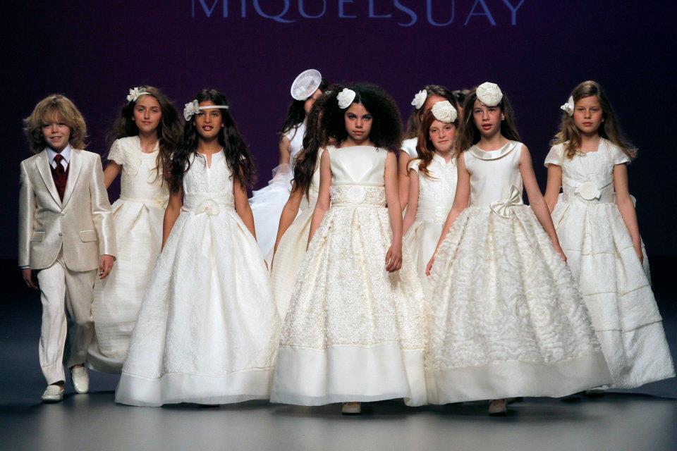 -cibeles-madrid-novias-2012- Miquel Suay -modelos-de-comunion-y-arras la casita de Martina blog de Moda Infantil Carolina Simó