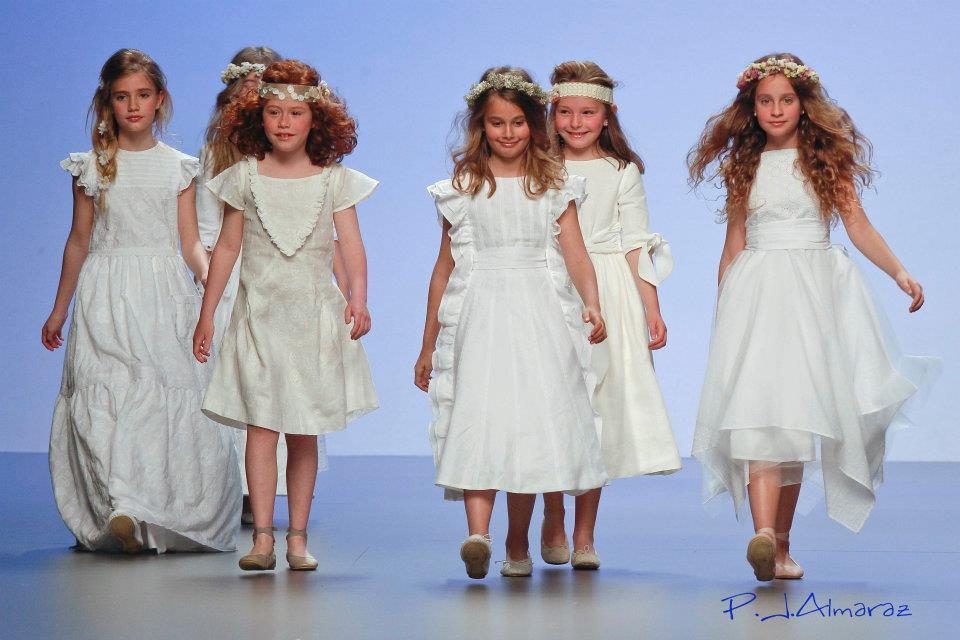 -cibeles-madrid-novias-2012-elena-rubio--modelos-de-comunion-y-arras la casita de Martina blog de Moda Infantil Carolina Simó