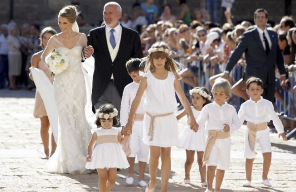 ♥ Los niños que acompañaron a Carlos Baute y Astrid Klisans ...