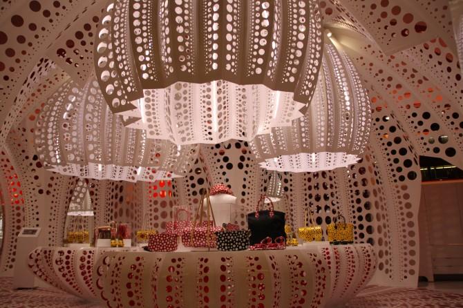 Louis Vuitton, Yayoi Kusama,  SELFRIDGES, La casita de Martina, Blog moda infantil, Carolina Simó