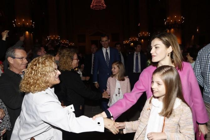 ropa Princesa Leonor, Infanta Sofia, reina Leticia, Misa de Pascua, Blog de Moda Infantil, 2