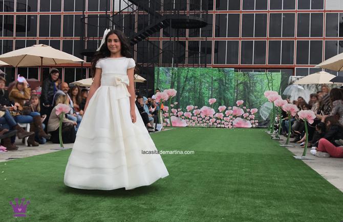 MARLA, Trajes de comunion 2018, tendencias vestidos de comunion 2018, Blog comuniones, La casita de Martina, Tendencias trajes de comunion 2018