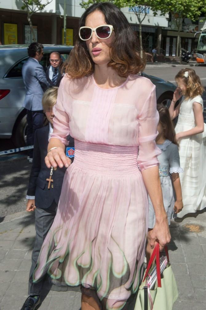 Carolina Herrera,  Vestidos famosas Comunion, invitada perfecta comunion, la casita de Martina, traje comunion, vestido comunion