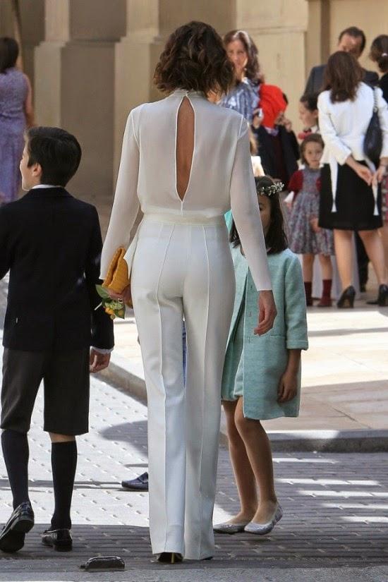 Nieves Alvarez, Vestidos famosas Comunion, invitada perfecta comunion, la casita de Martina, traje comunion, vestido comunion