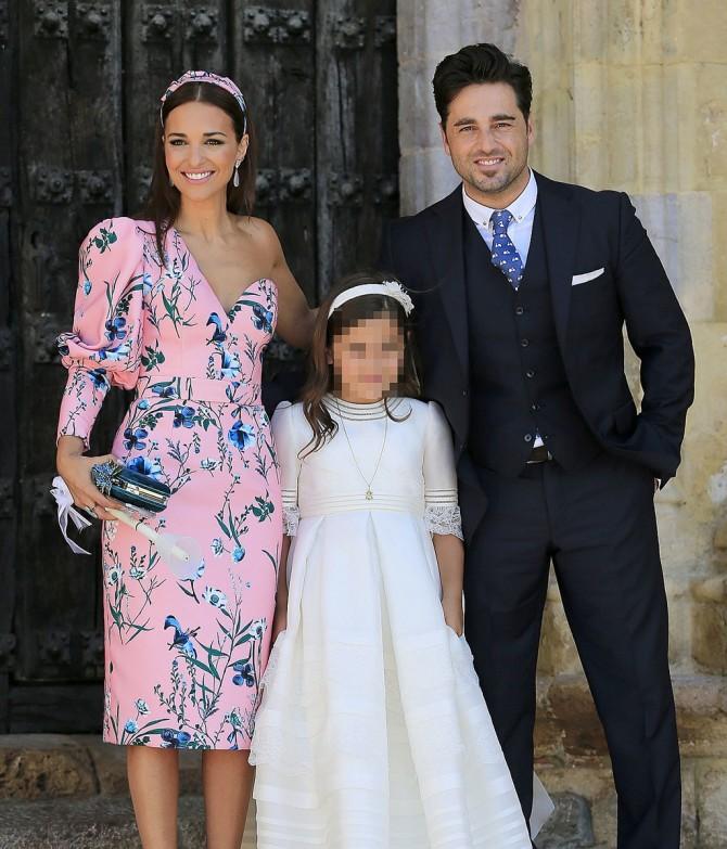 Paula Echevarria, Vestidos famosas Comunion, invitada perfecta comunion, la casita de Martina, traje comunion, vestido comunion