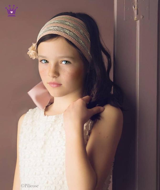 Blog de moda infantil, tocados comuniones, trajes comunion, La casita de Martina, 3