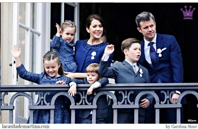 1 Pili Carrera, Marca vestidos Princesas, Catharina-Amalia, Alexia and Ariane, Princesses of Denmark