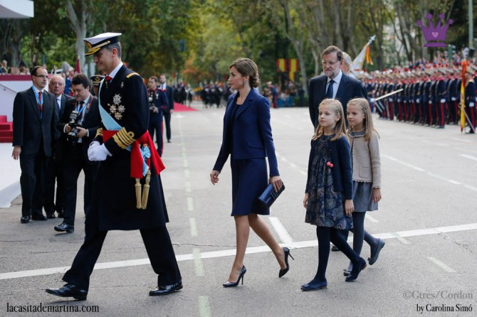 Vestidos Leonor y Sofía, Nanos princesa España, Blog de Moda Infantil, La casita de Martina, Día de la Hispanidad, 5